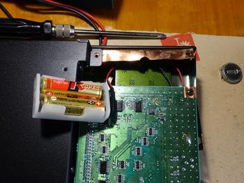 バッテリーは単三電池2本に換装した