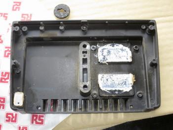 筐体上側の裏にはシリコングリスが塗られている