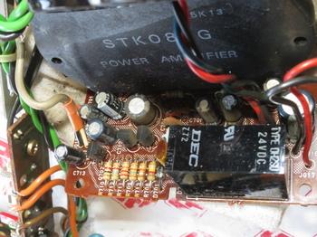 STM084GとDH2SUが載るパワーアンプ部の基板