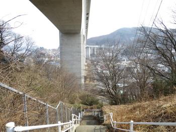 階段を上った所で撮影