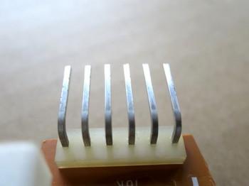 接続ピンをNeverDull(ネバーダル:金属磨き)で磨いたところ