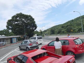 新城PAは意外にも駐車車両数は少なかった