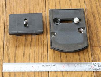 クイックカップリングプレートもd4用の方が小さい