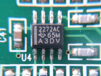TIのオペアンプTLC2272AC