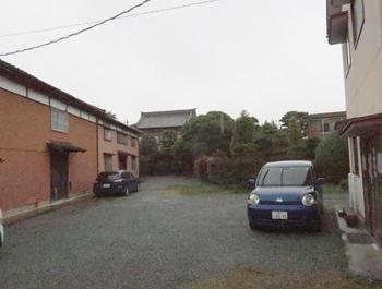 雨の中の伊勢和紙会館