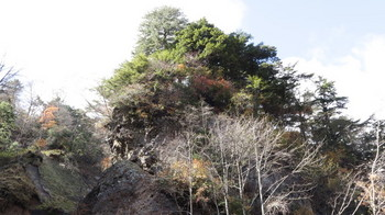 八岳の滝の周囲の風景
