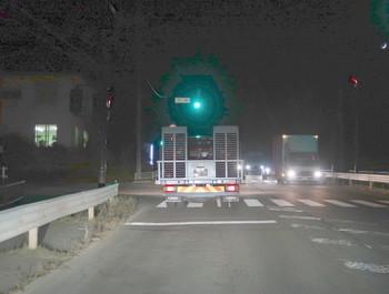 テスタロッサを載せた積載車に追いついた