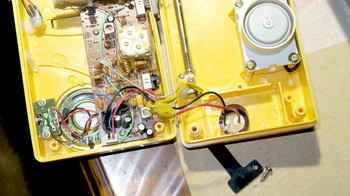 電気二重層コンデンサに置き換えたラジオ電源