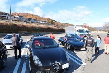 諏訪湖ISAに集まった参加車両
