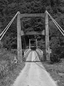 天竜川にかかる吊り橋