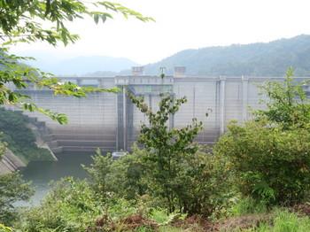 道の駅山岡から見える小里川ダム