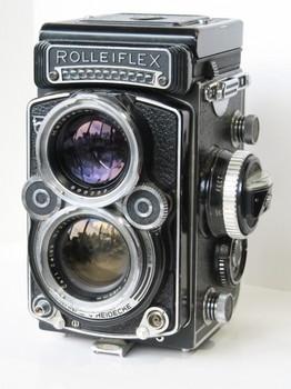 届いたローライフレックス2.8F最初期型