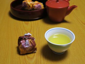 ホテルのお茶とお菓子