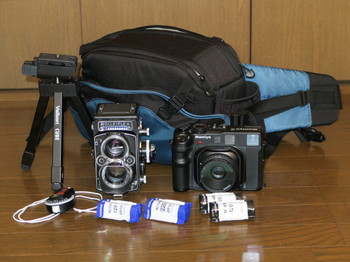 持参したRolleiflex2.8FとMamiya6+G80mm