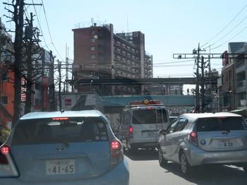 環状8号の渋滞は更に酷くなっていた