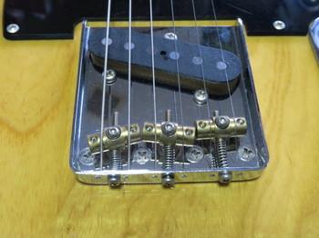 全部の弦がオクターブ調整できるテレキャス用ブリッジ