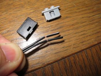 配線の被覆を1cm剥く