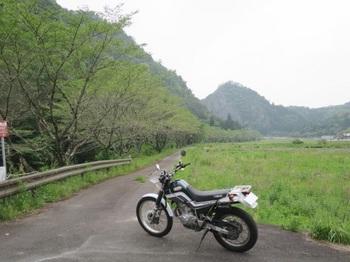 川浦川とセロー225WE