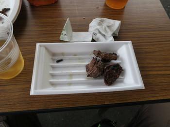 焼き上がった牛肉