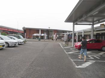 道の駅可児ッテの駐車場はほぼ満車