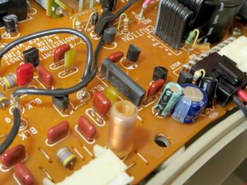 パワーアンプ部にもM5218Lが使われている