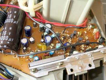 パワーアンプ部の基板